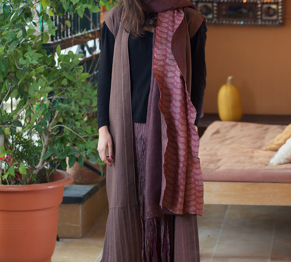 quilted long silk west (aubergine)